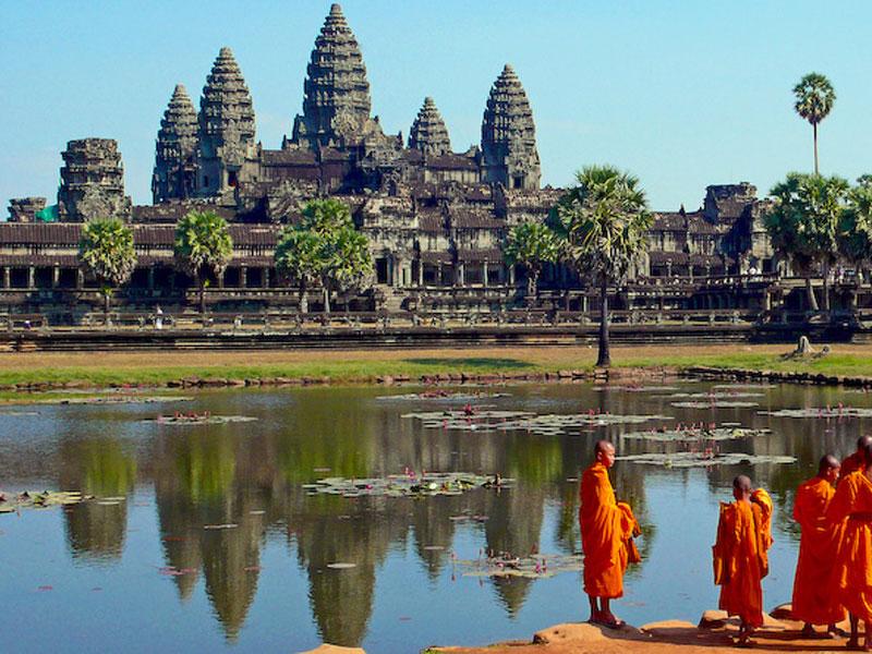 AMAZING CAMBODIA & VIETNAM