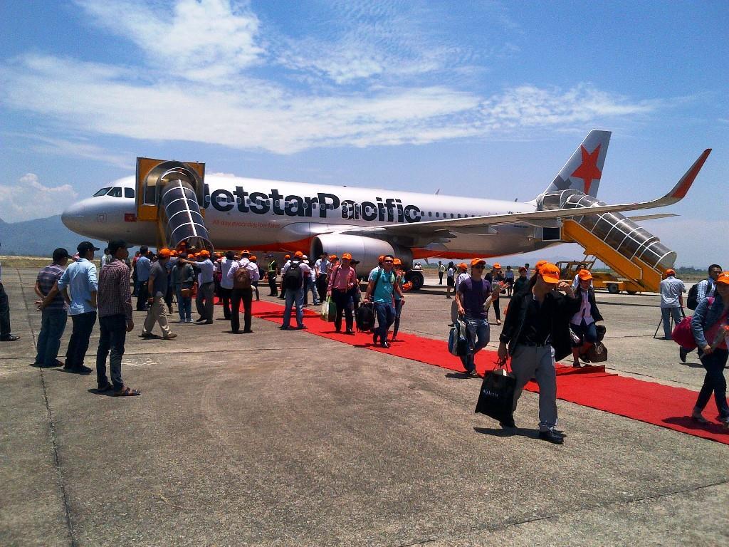 Jetstar opens Hue-Cam Ranh flight route